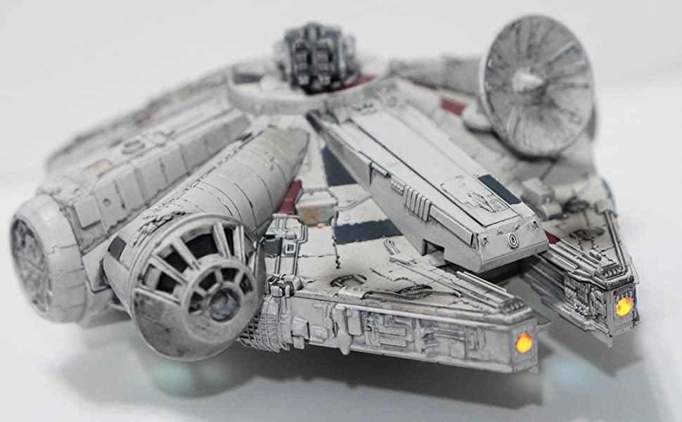 Millennium Falcon-still